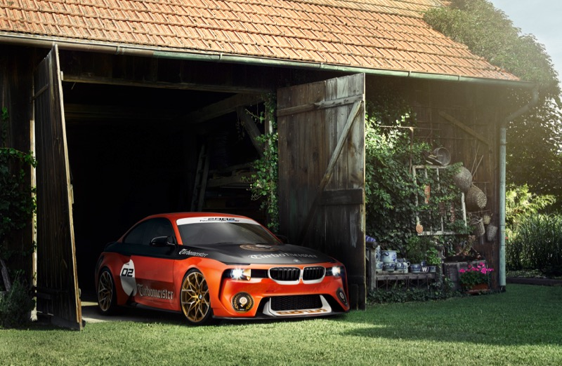 sortie de grange pour une bmw 2002 hommage. Black Bedroom Furniture Sets. Home Design Ideas