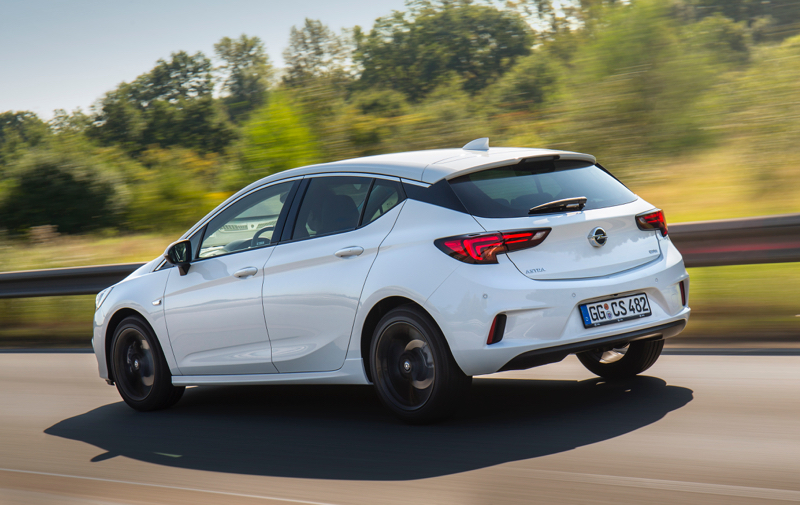 Nouvelle Opel Astra OPC Line