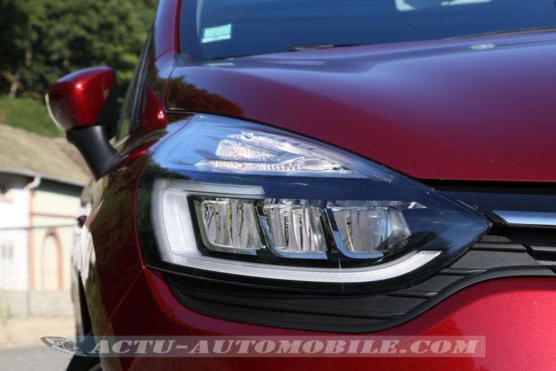 Projecteur Full LED de la Renault Clio restylée