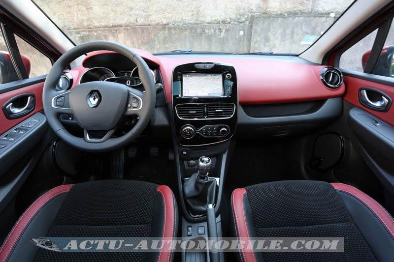 Planche de bord nouvelle Renault Clio Intens