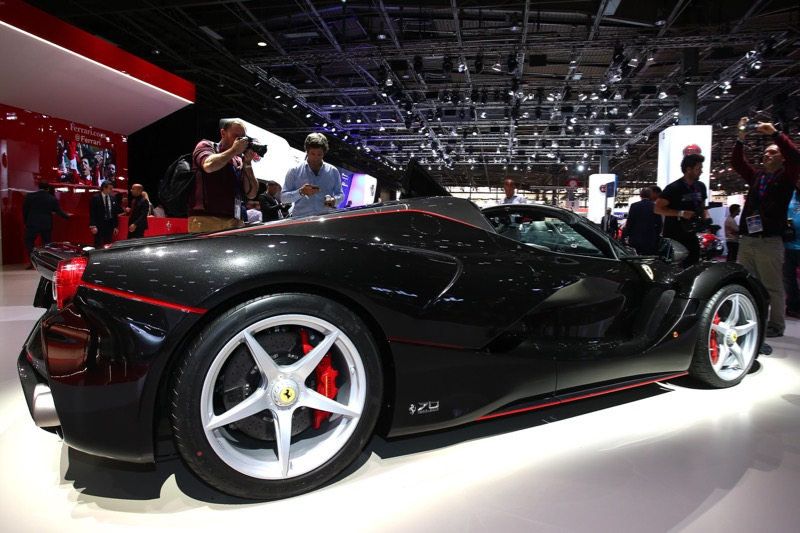 mondial 2016 ferrari laferrari aperta. Black Bedroom Furniture Sets. Home Design Ideas
