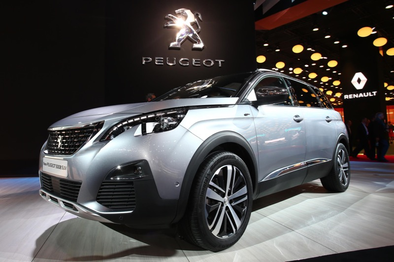 le peugeot 5008 gt au mondial de paris actu automobile. Black Bedroom Furniture Sets. Home Design Ideas
