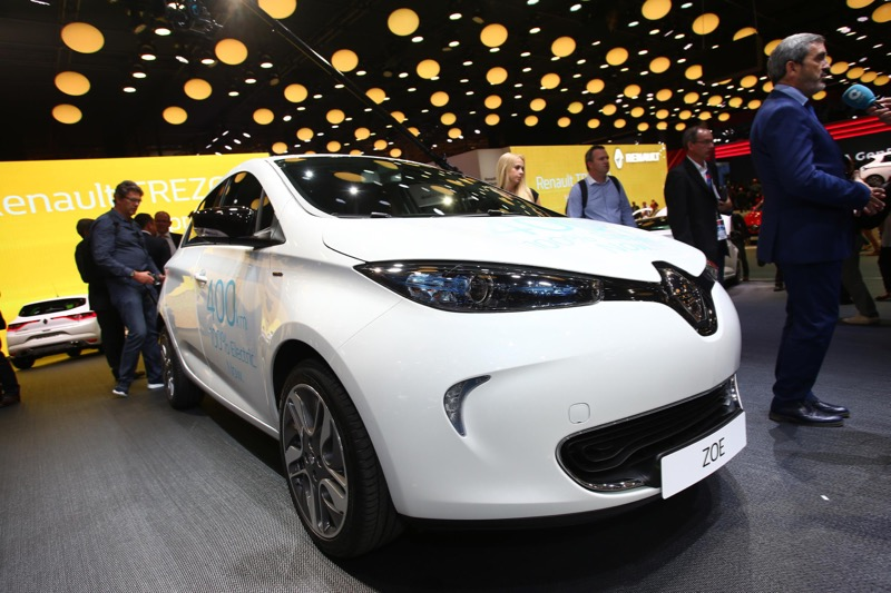 renault zoe jusqu 39 400 km d 39 autonomie actu automobile. Black Bedroom Furniture Sets. Home Design Ideas