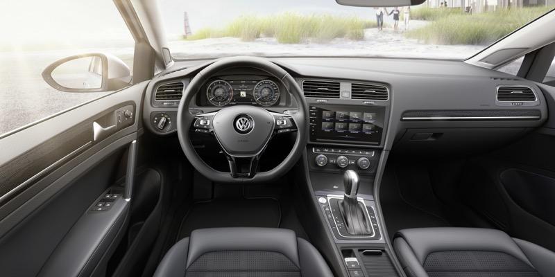 Planche de bord de la Volkswagen Golf 2017