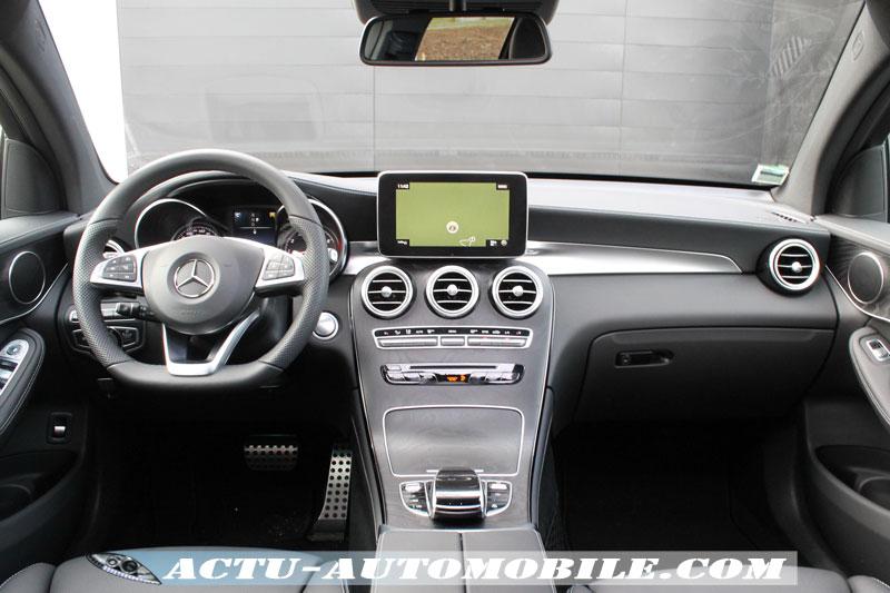 Planche de bord Mercedes GLC coupé 250 Sportline