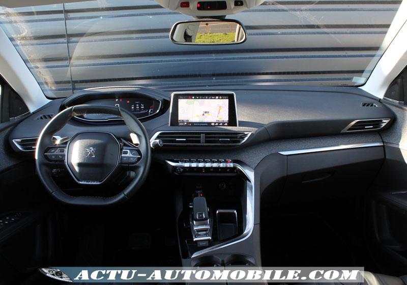 Habitacle nouveau Peugeot 3008 Allure - BlueHdi 120