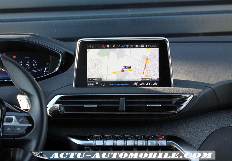 Ecran multimédia Peugeot 3008 Allure BlueHdi 120