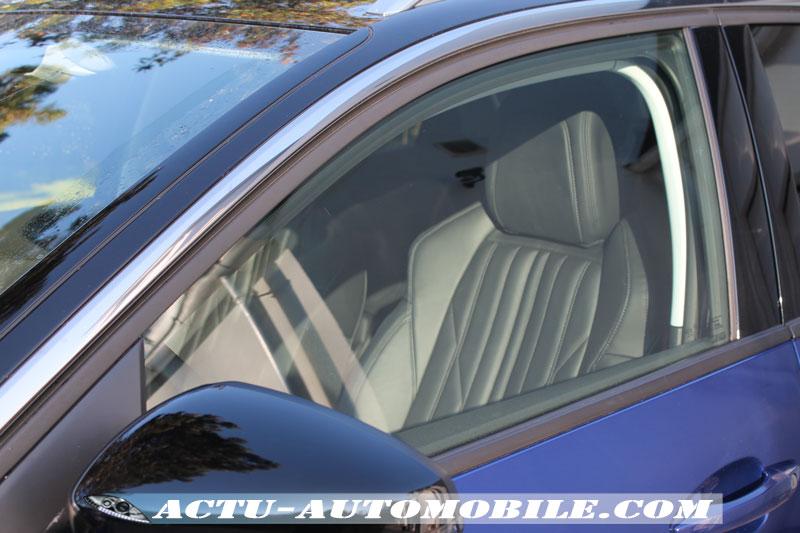 Après utilisation du nettoyant vitres Triplewax : une clarté parfaite.