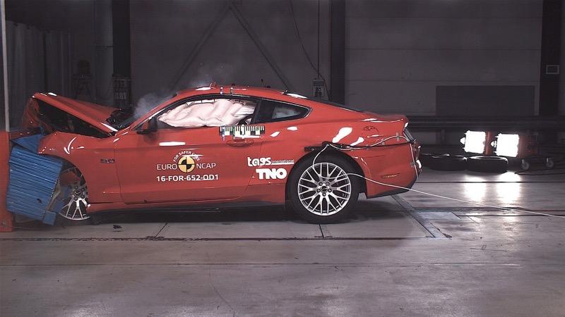 Crash test EuroNCAP Ford Mustang