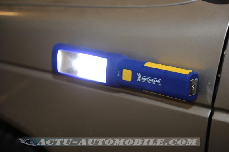 Lampe LED aimantée Michelin