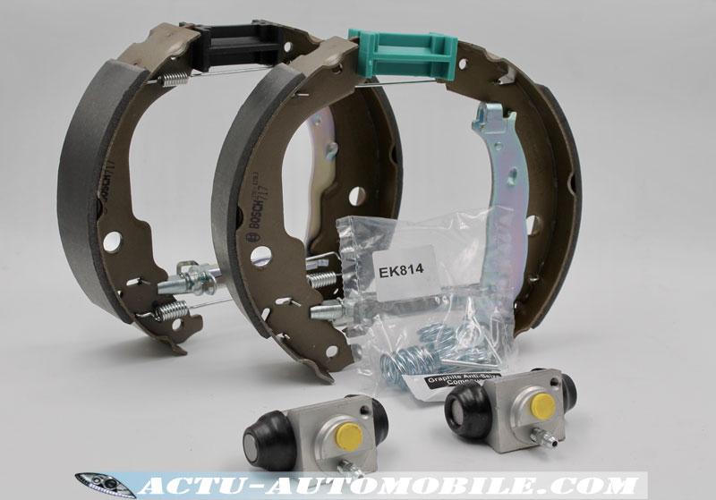 Les Kits & Mâchoires de frein Bosch