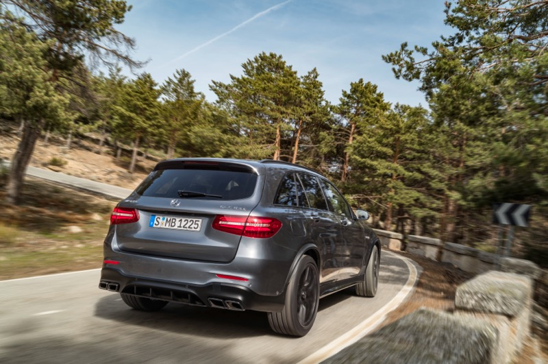mercedes amg glc 63 4matic et glc 63 s 4matic coup. Black Bedroom Furniture Sets. Home Design Ideas