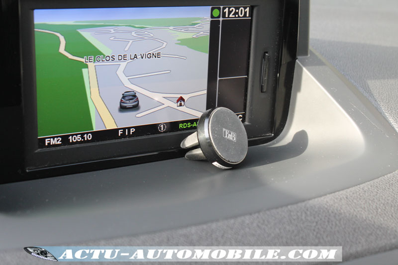 Support magnétique smartphone: CARMAG1