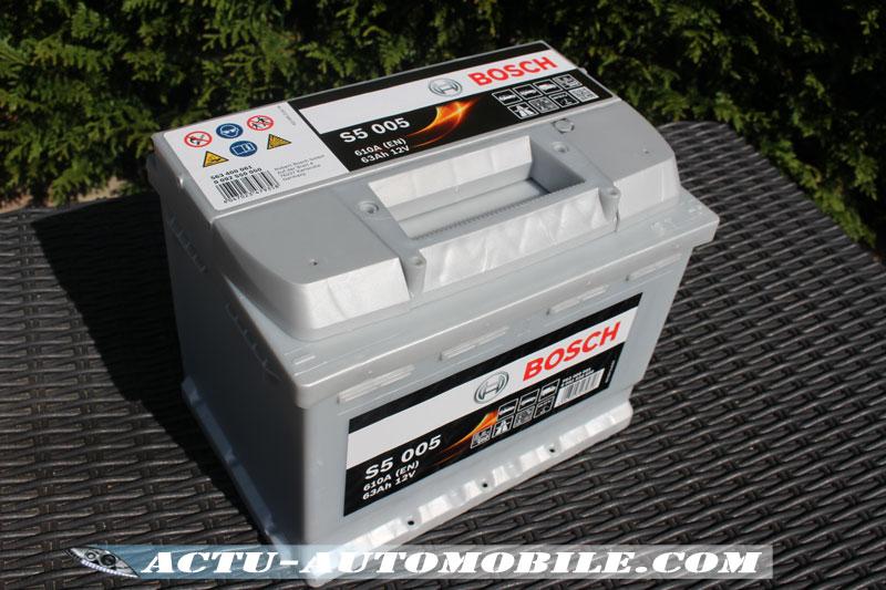 Batterie Bosch S5-005 de 610A /63Ah 12V