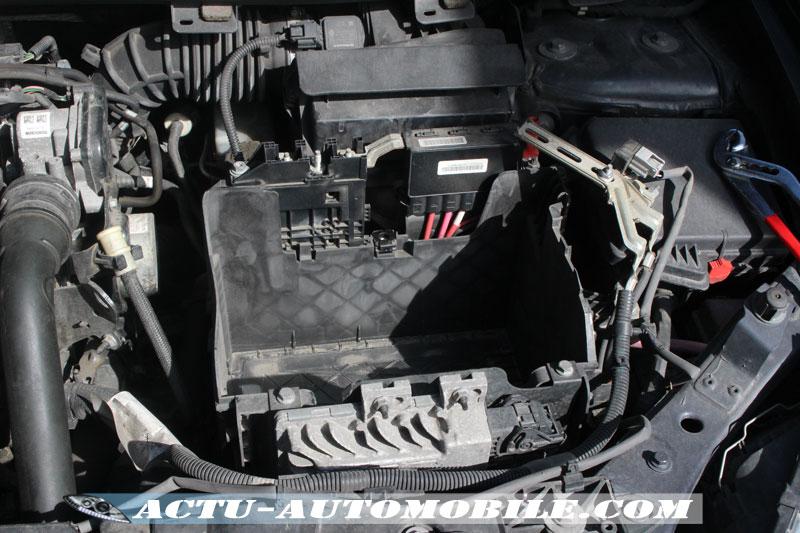 Compartiment batterie / Remplacement de la batterie d'origine pour une batterie Bosch