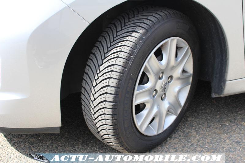 test michelin crossclimate le pneu toutes saisons actu automobile. Black Bedroom Furniture Sets. Home Design Ideas