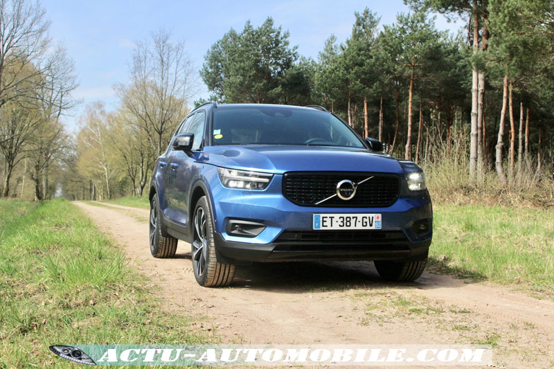 Volvo XC40 D4 AWD First Edition