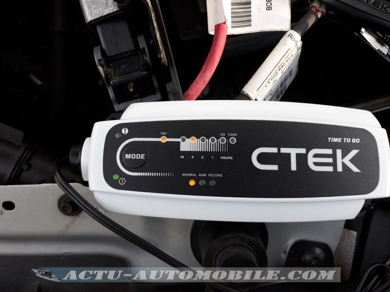 Test chargeur de batterie CTEK CT5 Time to go