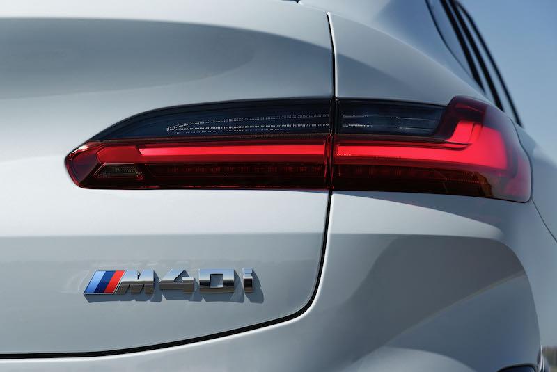 Les nouveaux feux arrière du BMW X4 2021
