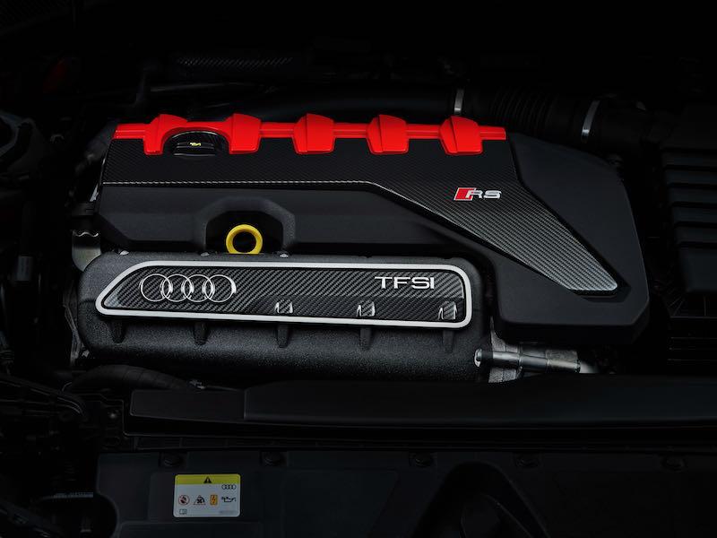La RS3 demeure fidèle au 5 cylindres 2.5 TFSI