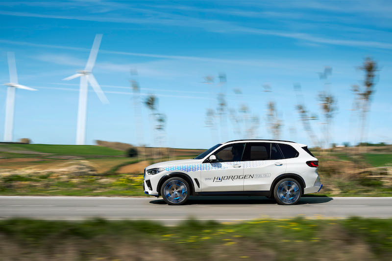 Le profil du BMW iX5 Hydrogen